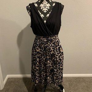 Torrid animal print dress w pockets